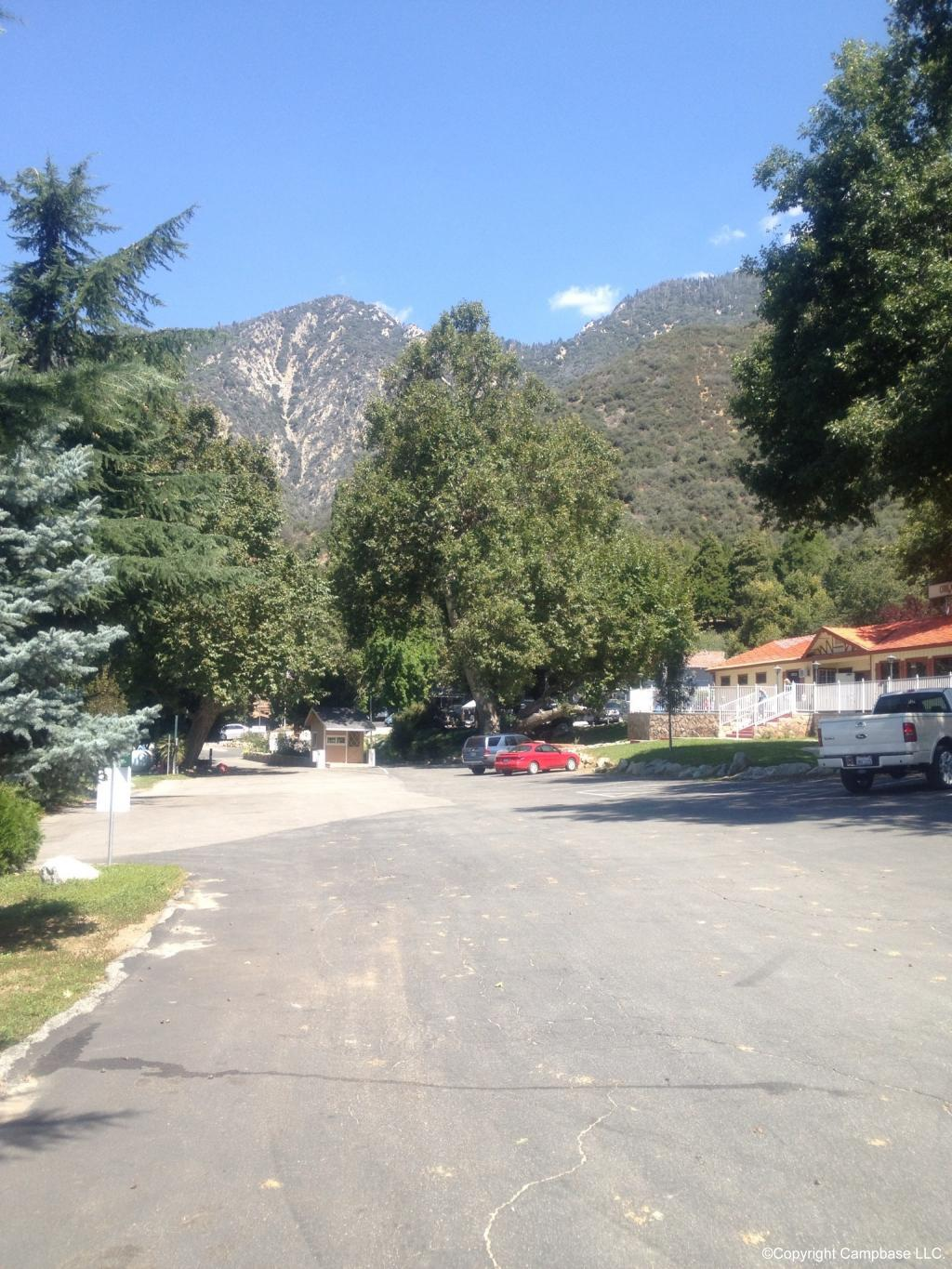 Oak Glen Retreat And Rv Resort Yucaipa California