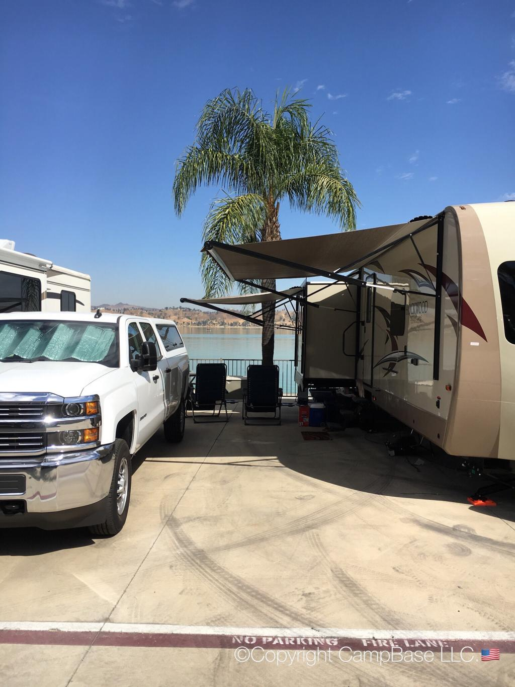 Crane Lakeside Rv Resort Lake Elsinore California