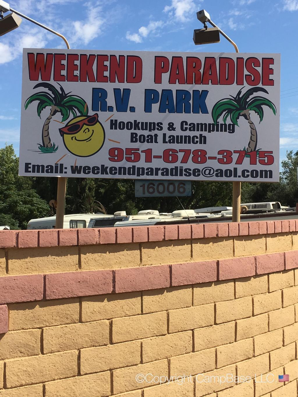 Weekend Paradis Rv Park Lake Elsinore California
